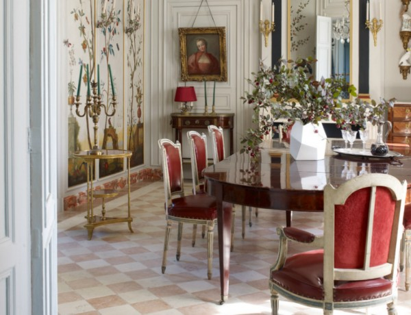 10 Bold Dining Room Design Ideas That Will Blow Your Mind (2) dining room design ideas 10 Bold Dining Room Design Ideas That Will Blow Your Mind 10 Bold Dining Room Design Ideas That Will Blow Your Mind 10 600x460