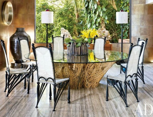 10 Sophisticated Glass Dining Tables You Will Want To Have Glass Dining Tables 10 Sophisticated Glass Dining Tables You Will Want To Have 11 Sophisticated Glass Dining Tables You Will Want To Have 600x460