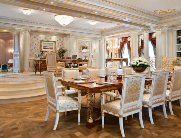 5 Luxurious Dining Room Sets By Winch Design To Inspire You dining room sets 5 Luxurious Dining Room Sets By Winch Design To Inspire You winchfeat 600x460