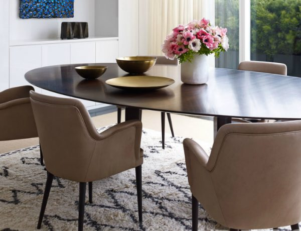 The Most Stunning Dining Room Sets In New York To Copy dining room sets The Most Stunning Dining Room Sets In New York To Copy The Most Stunning Dining Room Sets In New York To Copy 600x460
