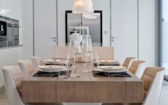 dining room tables 7 Wooden Dining Room Tables That Steals The Show capa 1 240x150